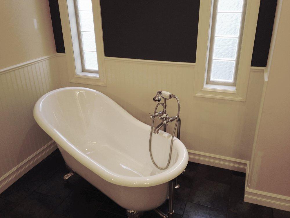 tub.jpg