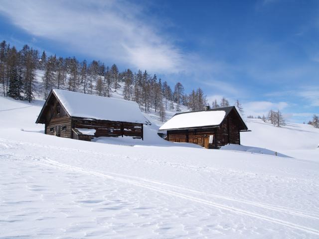 snow_cabin.jpg