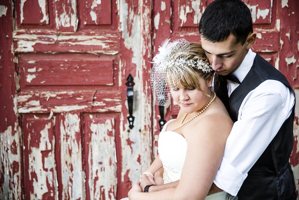 Bride and Groom, Portraits, Antique, Walnut Tree Weddings