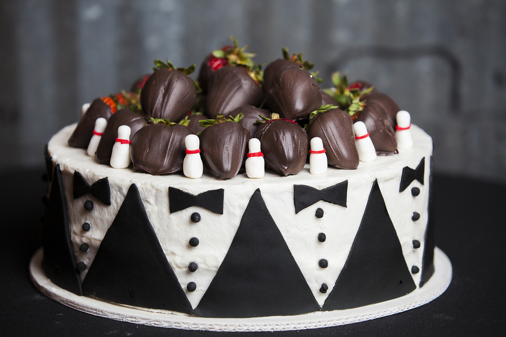 Bowling, Bowling Pin Cake, Unique, Clever, Walnut Tree Weddings