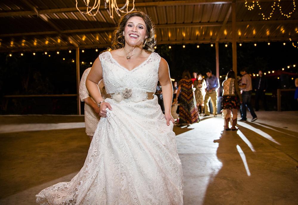 Lubbock Wedding Photography Wedding Photographer Walnut Tree Dancing