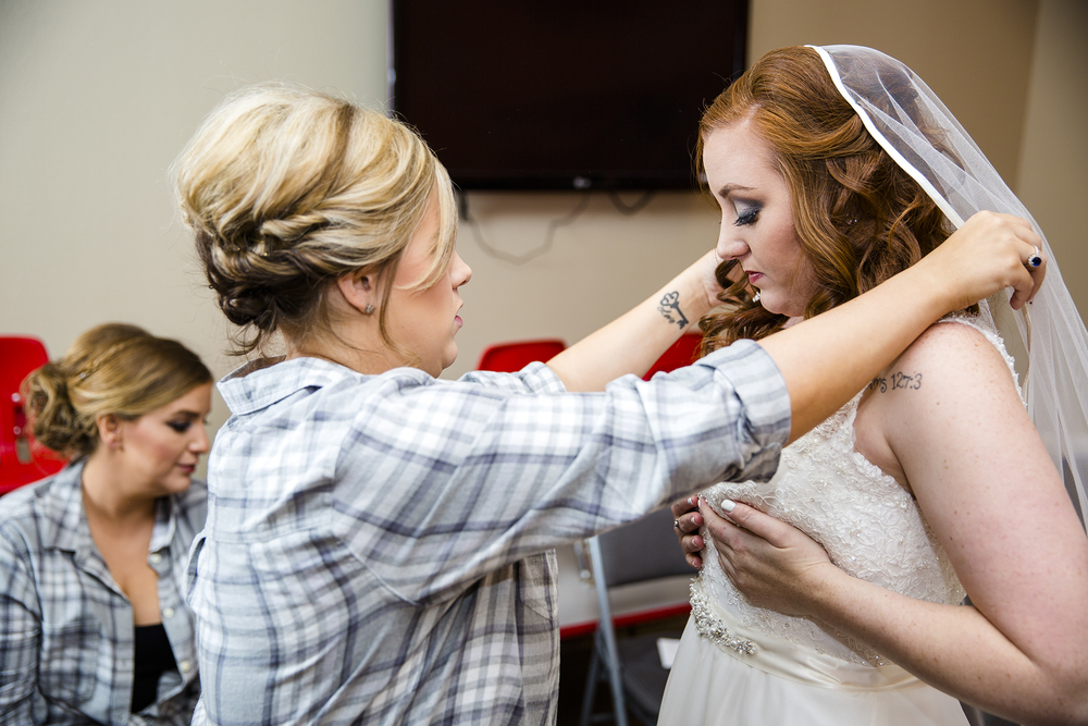 putting on the veil, getting ready for your wedding day, experience life church lubbock texas