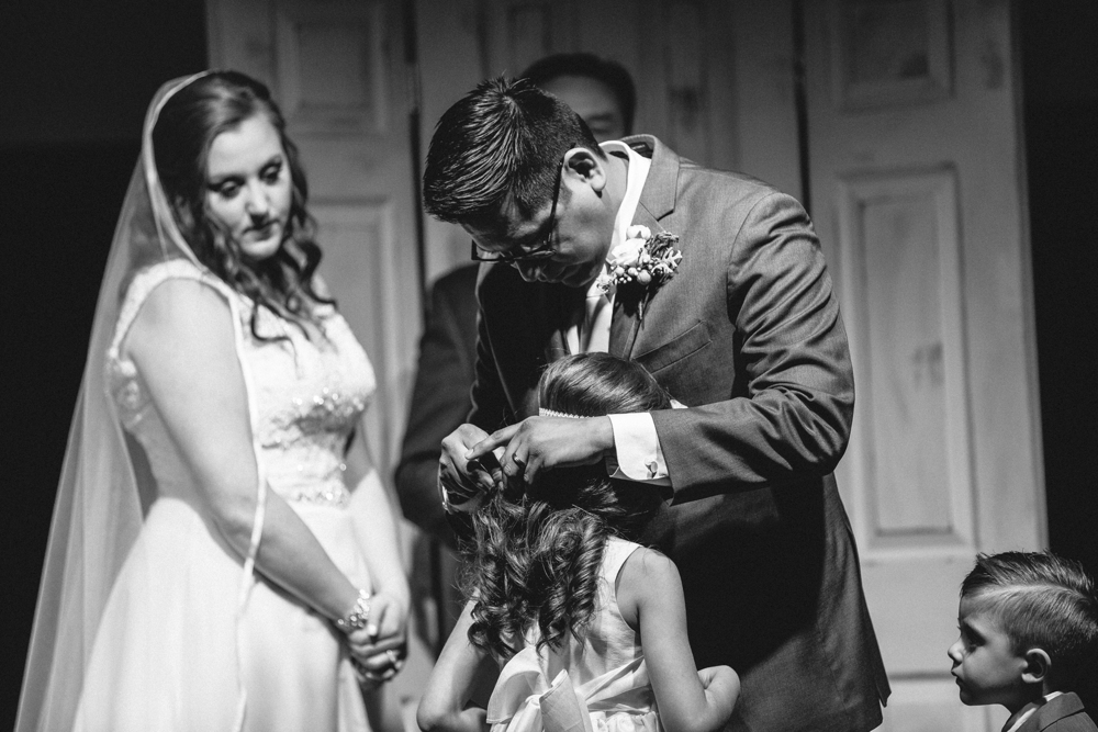 father and daughter, wedding ceremony, wedding gifts