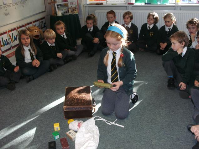 Then a mysterious suitcase arrived so we looked inside at clues to find out about a very important person in history. The suitcase had horrible smells, old fashioned medicines, a medal, a sash with the word Scutari, a nurses hat and lots more.