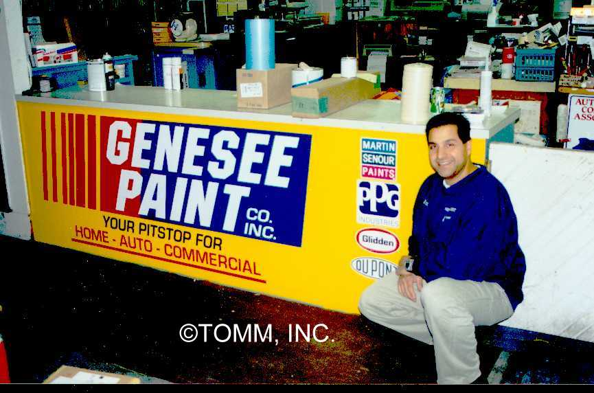 gensee paint counter display.jpg