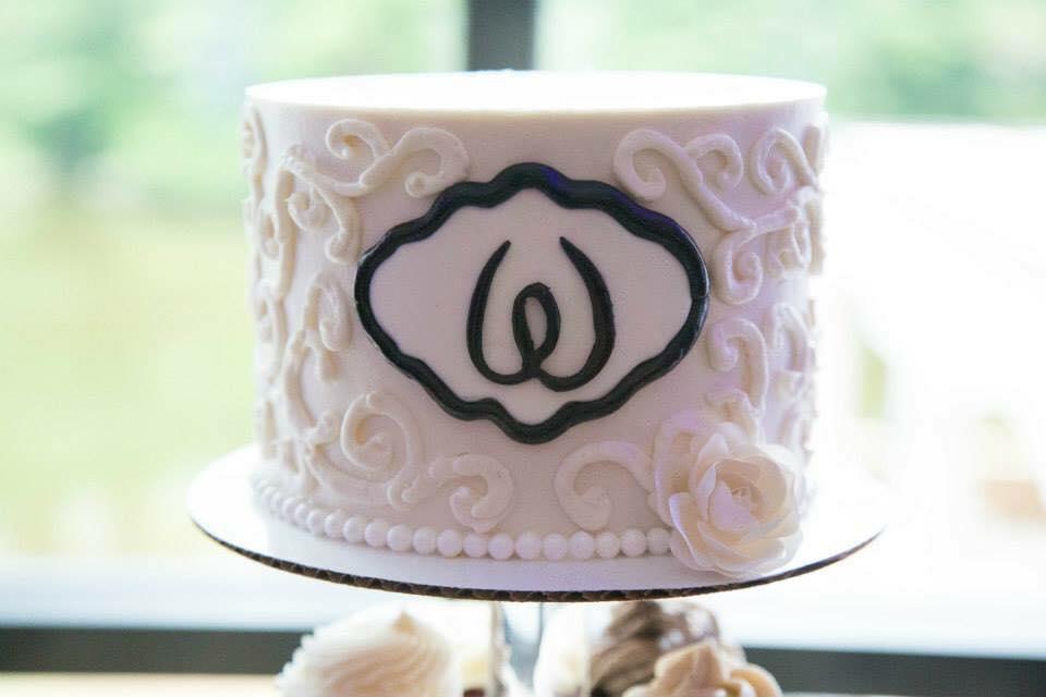 buttercream elegant wedding cake