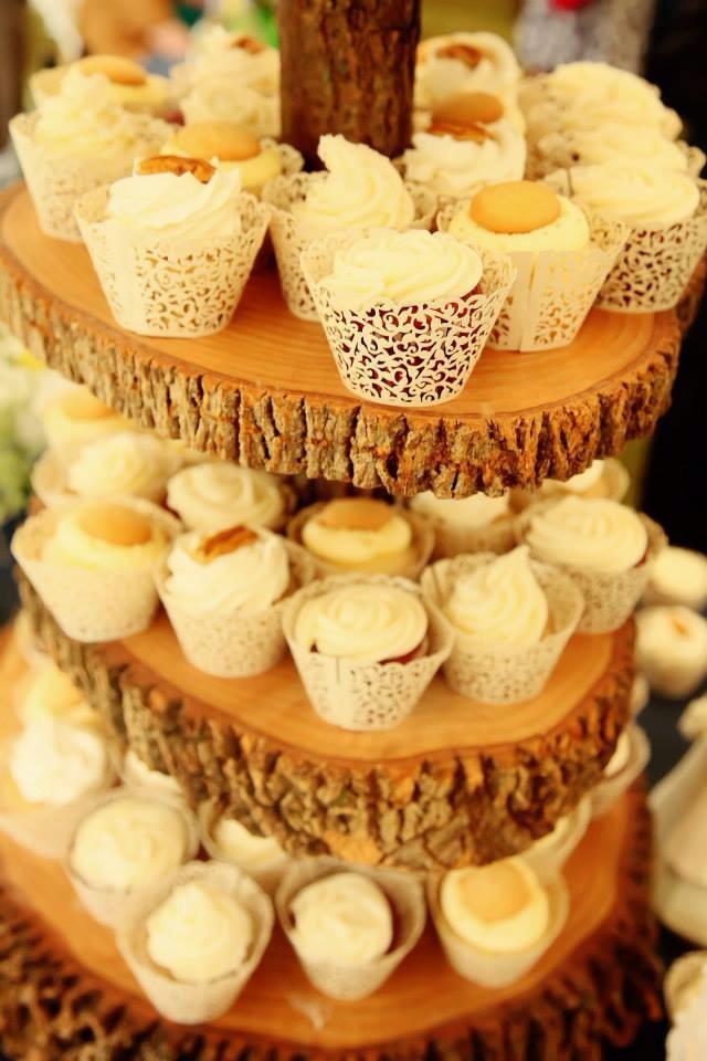 rustic wedding cupcakes
