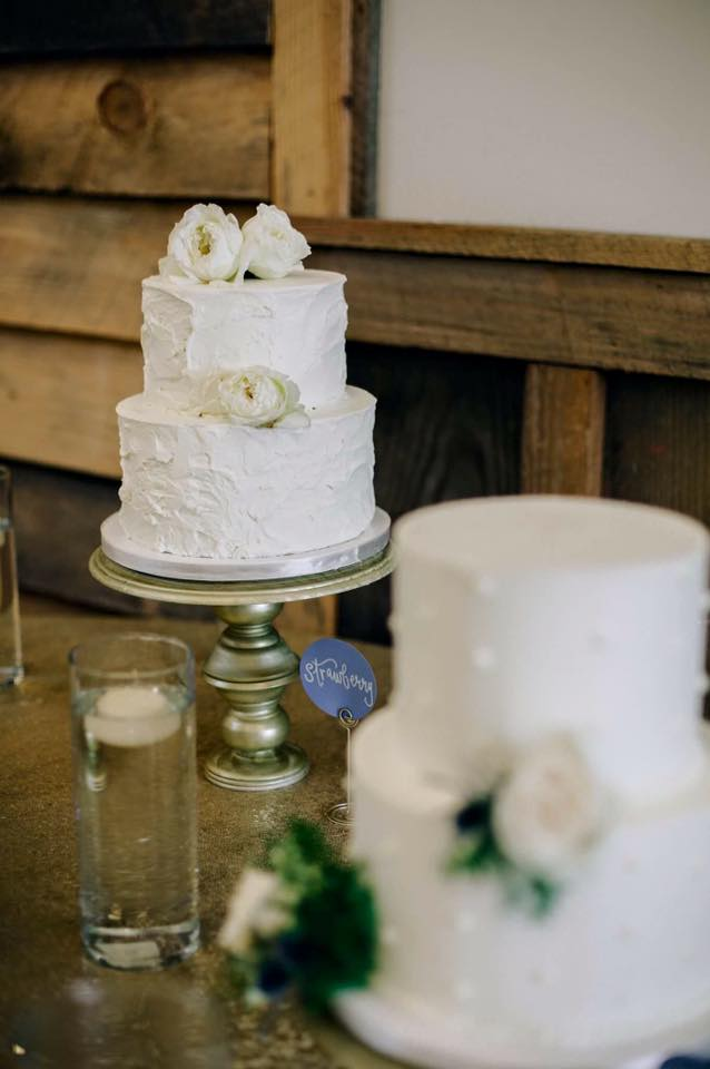 rusic buttercream wedding cake