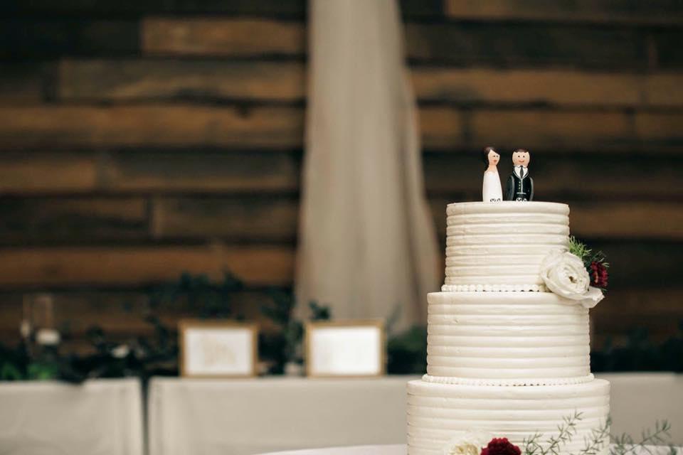 rustic white buttercream wedding cake