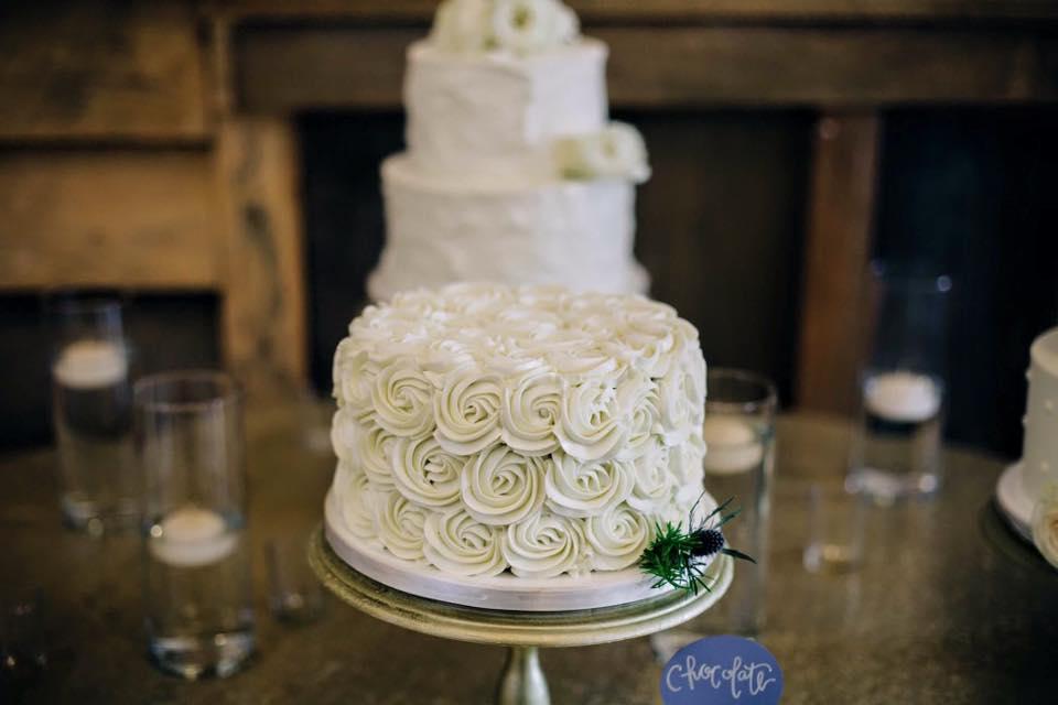 white buttercream rosette wedding cake