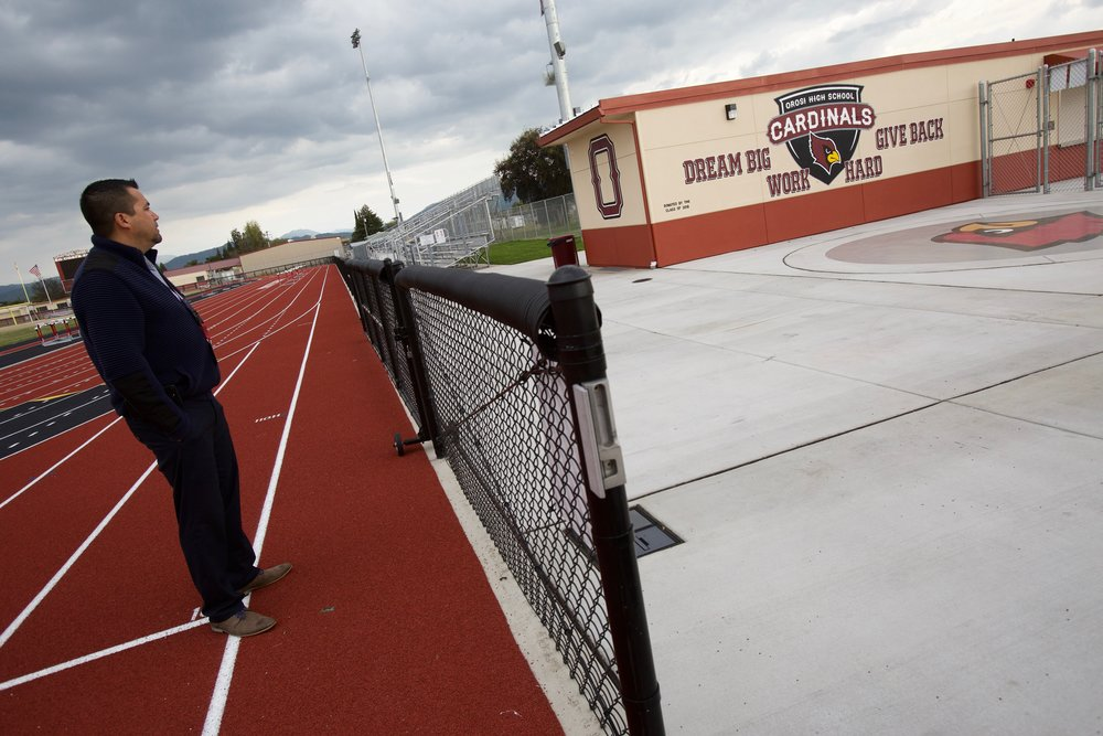 Amid poverty, gangs and deportation fears, students at a small California school keep succeeding - The speech team members and their peers at Cutler-Orosi Joint Unified face a triple-threat of challenges, each of which has been linked to poor academic outcomes, and the cocktail of which would be daunting to any school district. First, there's the poverty: the district has the third-highest rate of poverty of any unified school district in California, a factor repeatedly linked to low test scores, high dropout rates and more. Read more at the Fresno Bee.