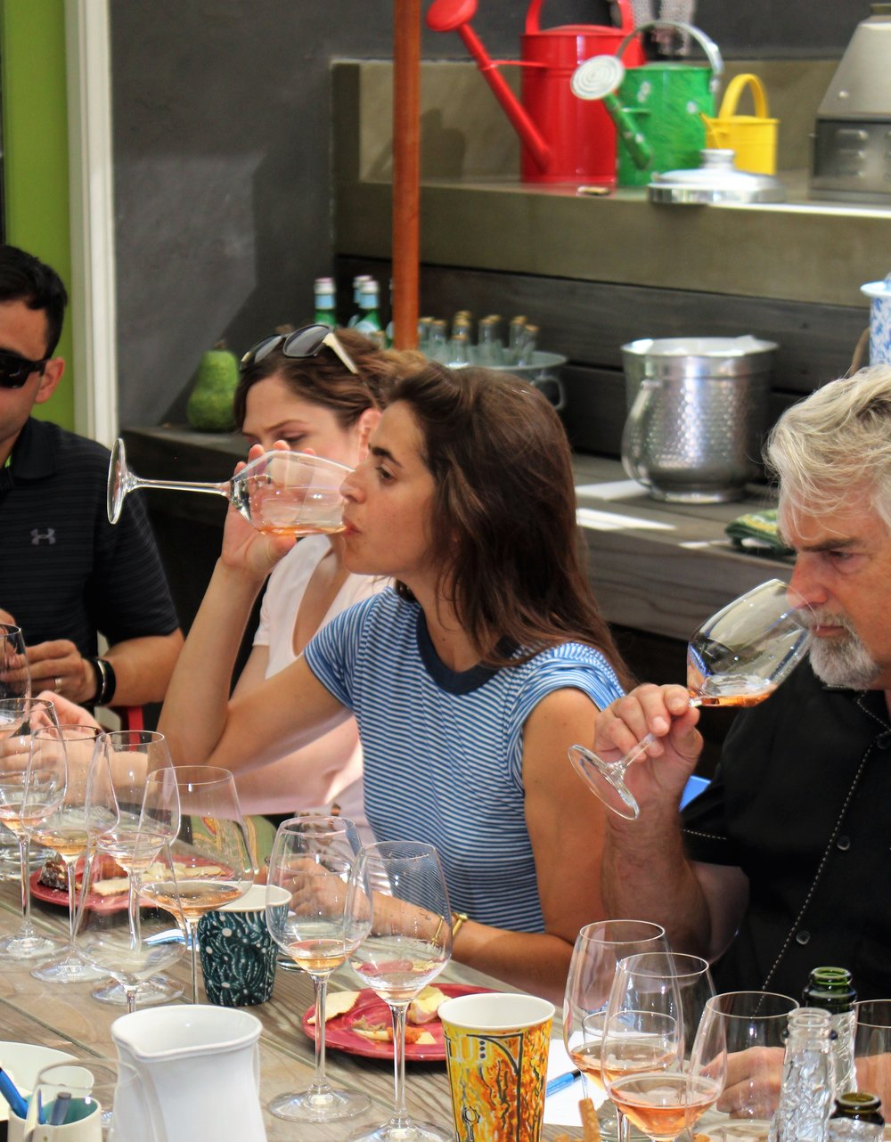 people-learning-how-to-taste-wine-like-a-pro