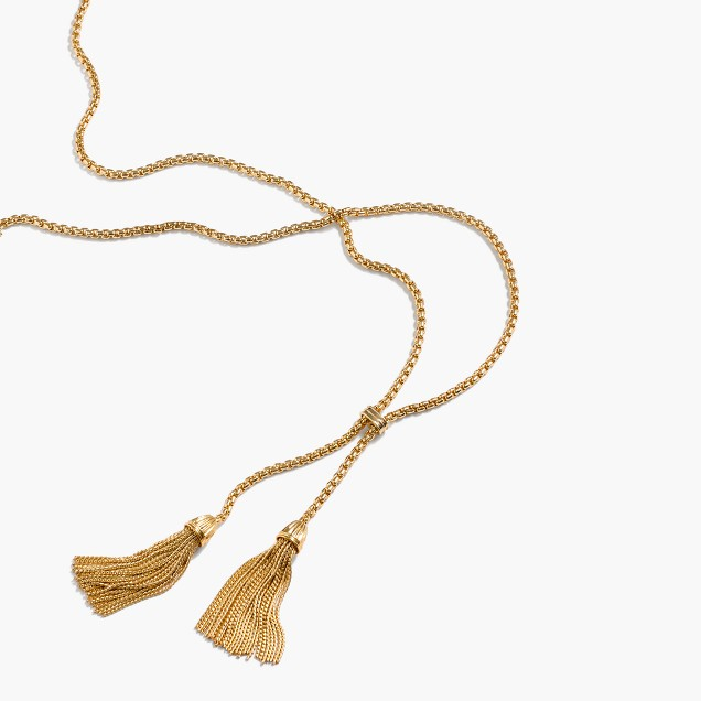 These necklaces are great options for all the shirts that needed a simple, long n