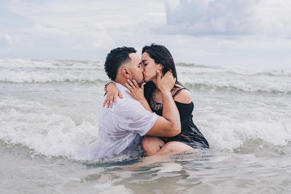 Los-Vargas-Photo-Boardwalk-Summer-Engagement-Session-1532.jpg