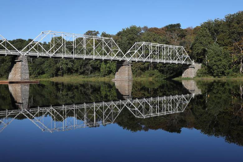 DINGMANS FERRY BRIDGE