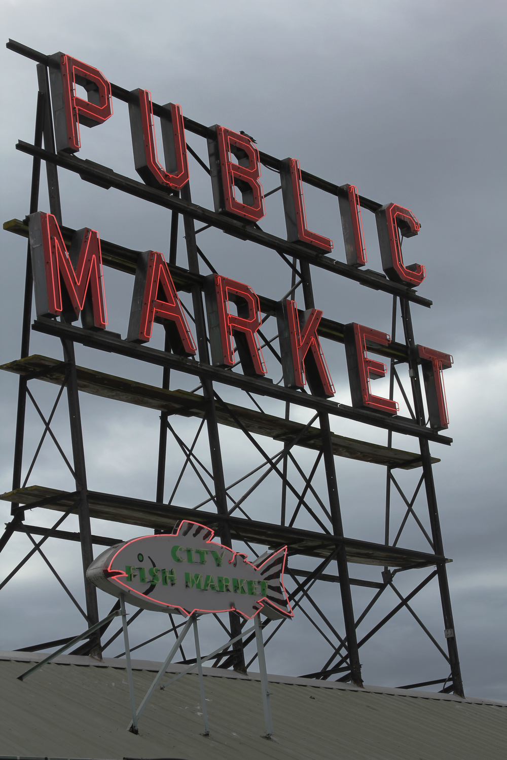 Pike Market Sign.jpg