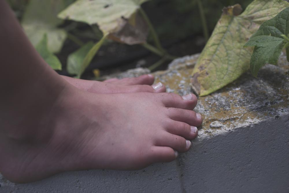 Garden Toes.jpg
