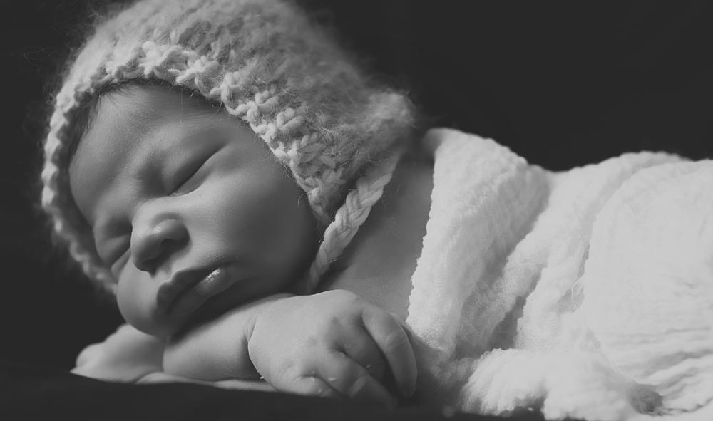 Baby4BW.jpg