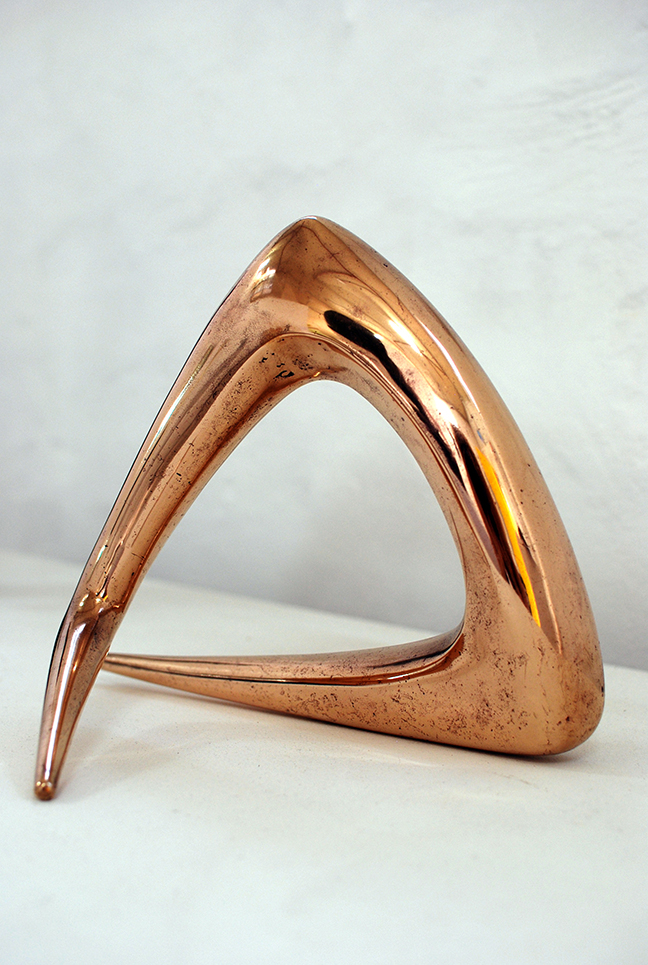 Copy of 'Turn-about', bronze, 1978, Tom Bass.