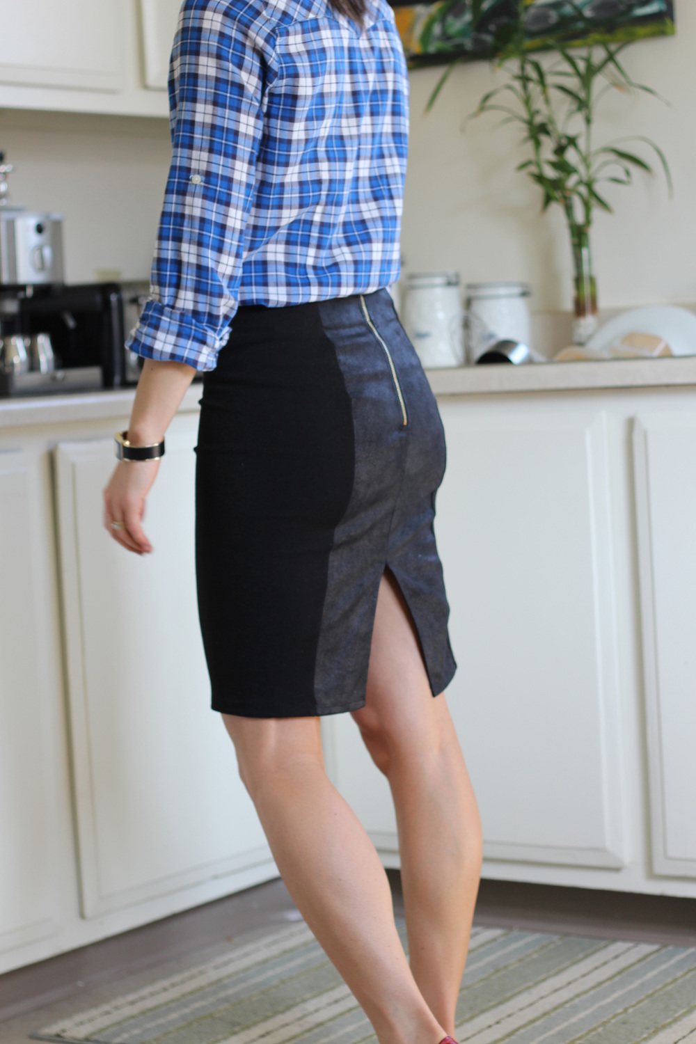Pencil skirts & plaid.4