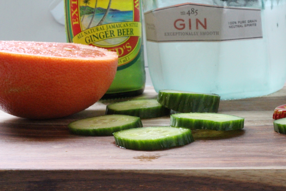 Kendra Castillo: Cucumber Grapefruit and Gin Fiz Cocktail