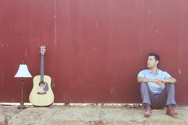 Tomorrow 🎵🎵 . . . #folk #pop #blues #guitar #singersongwriter #newmusic #simple #musician #orangecounty #socal #losangeles