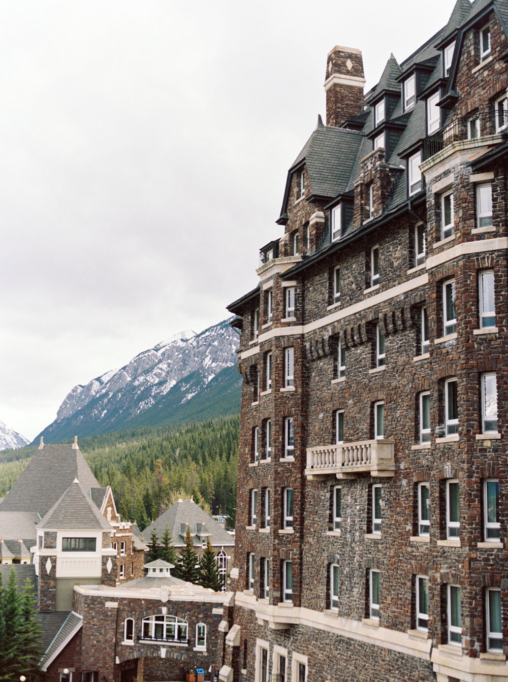Banff Springs Hotel | Banff Springs Wedding | Banff Wedding | Banff Wedding Planner | Kayla Yestal Photography | Canmore Wedding Planner | Stacey Foley Design
