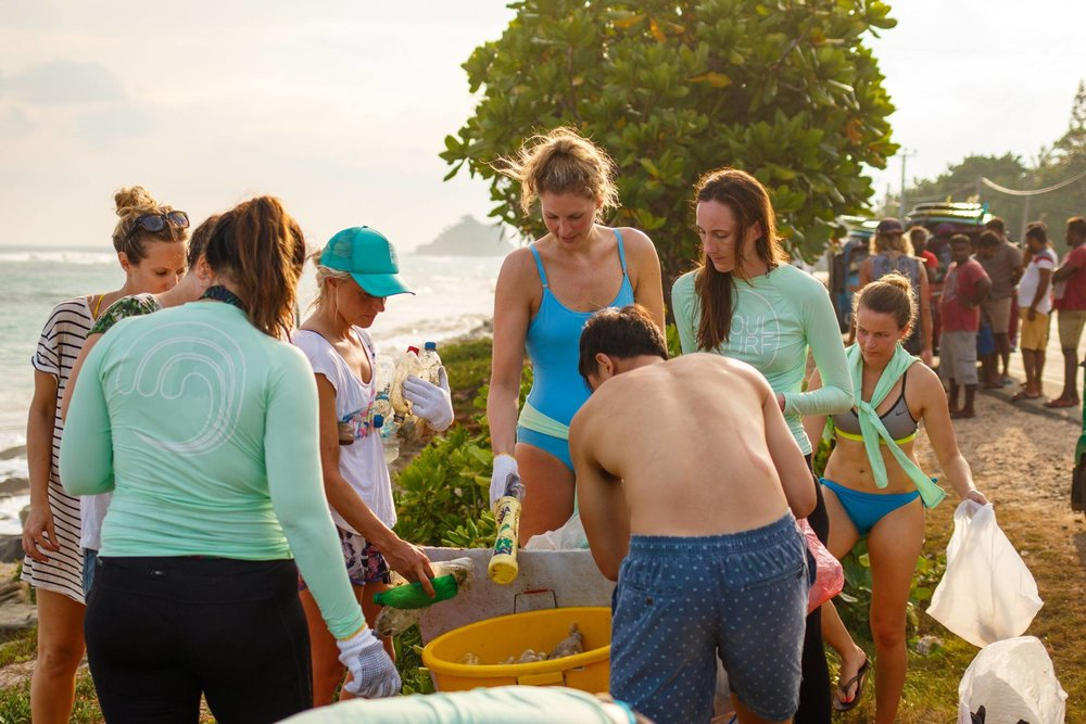 3beach clean in Sri Lanka with Soul and Surf.jpg