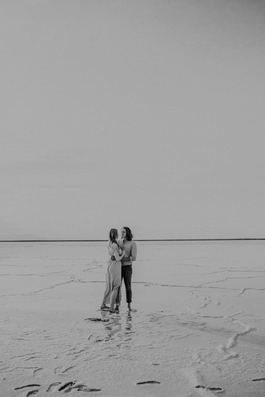 Salt-Flats-Engagement-Photography-Utah-Engagement-Photographer-2.jpg