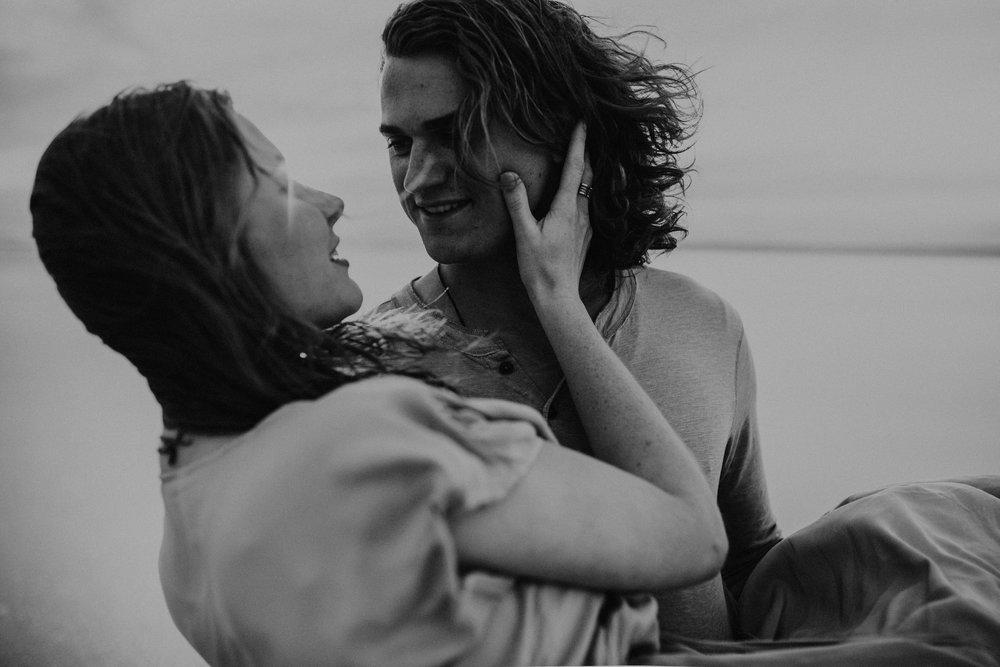 Salt-Flats-Engagement-Photography-Utah-Engagement-Photographer-79.jpg