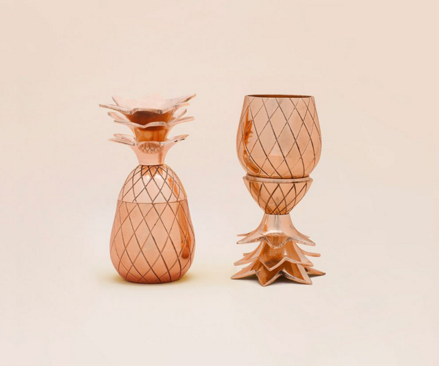 soi55_lifestyle_rose_gold_pineapple_shot_glasses