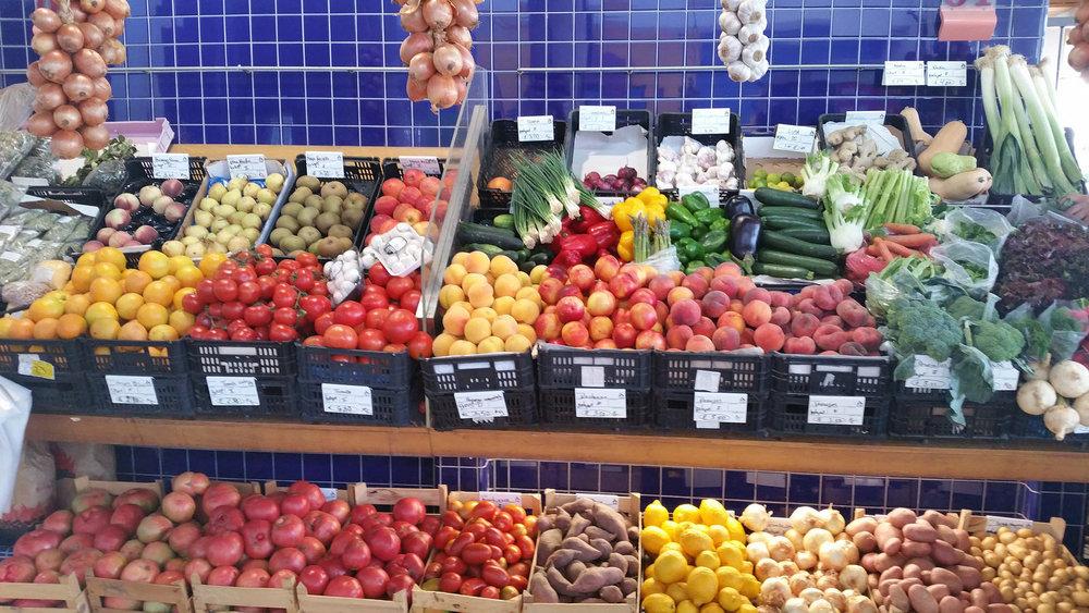soi55_living_in_lagos_portugal_local_markets