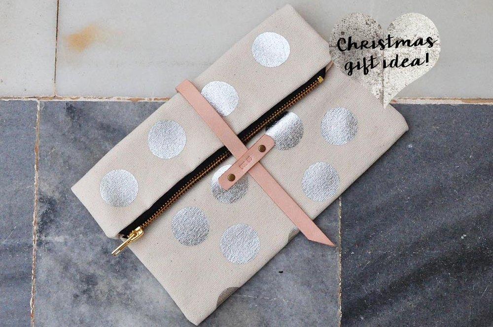 soi 55 silver fashion finds como mini foldover clutch purse in silver polkadot christmas gift idea