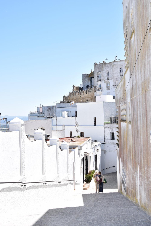 White city walls of Vejer de la Frontera, Spain Travel Guide | Soi 55 Travels