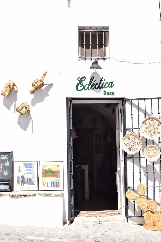 Shopping Vejer de la Frontera, Spain Travel Guide | Soi 55 Travels