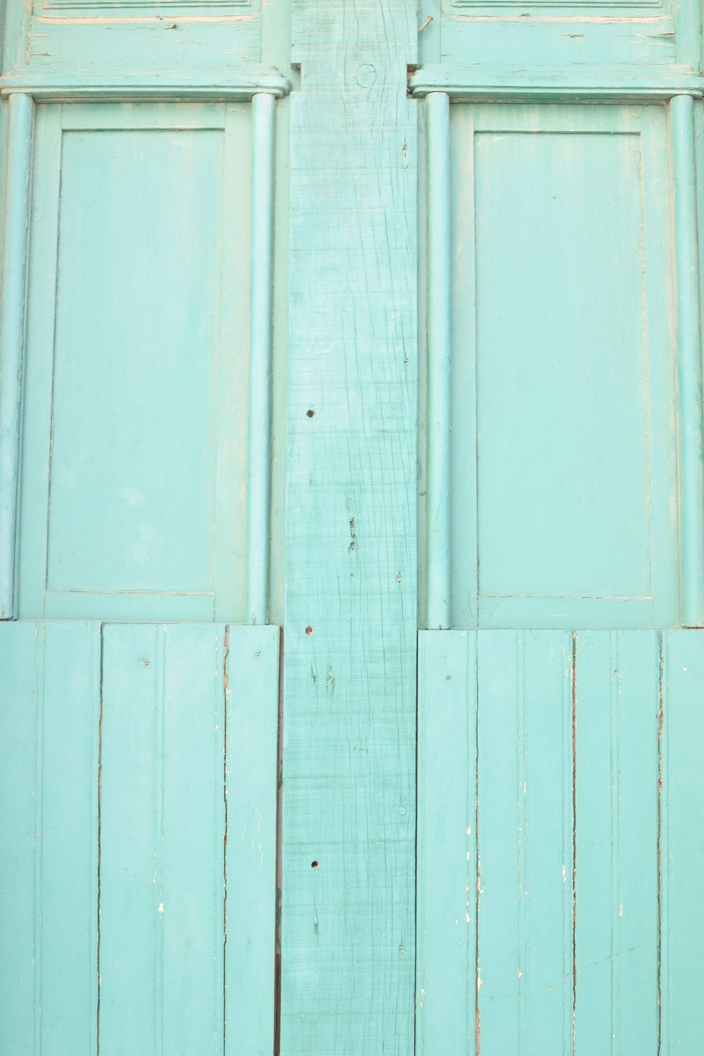 Turquoise door  | Finding colour inspiration in Lagos, Portugal | Soi 55 Travels8.JPG.JPG