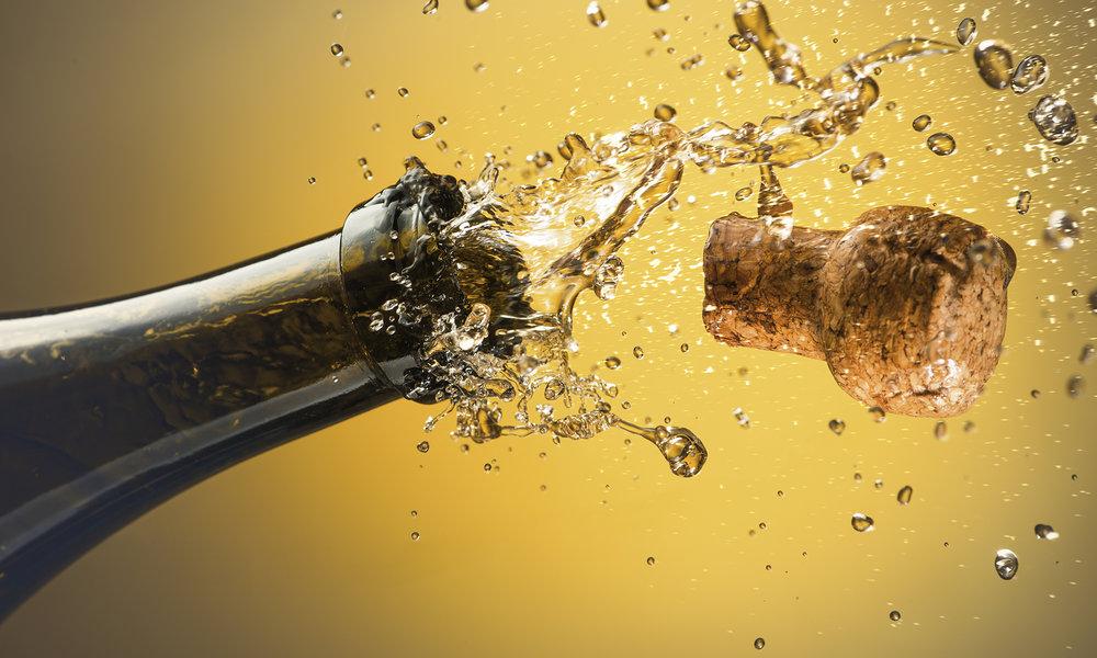 champagne-590279707.jpg