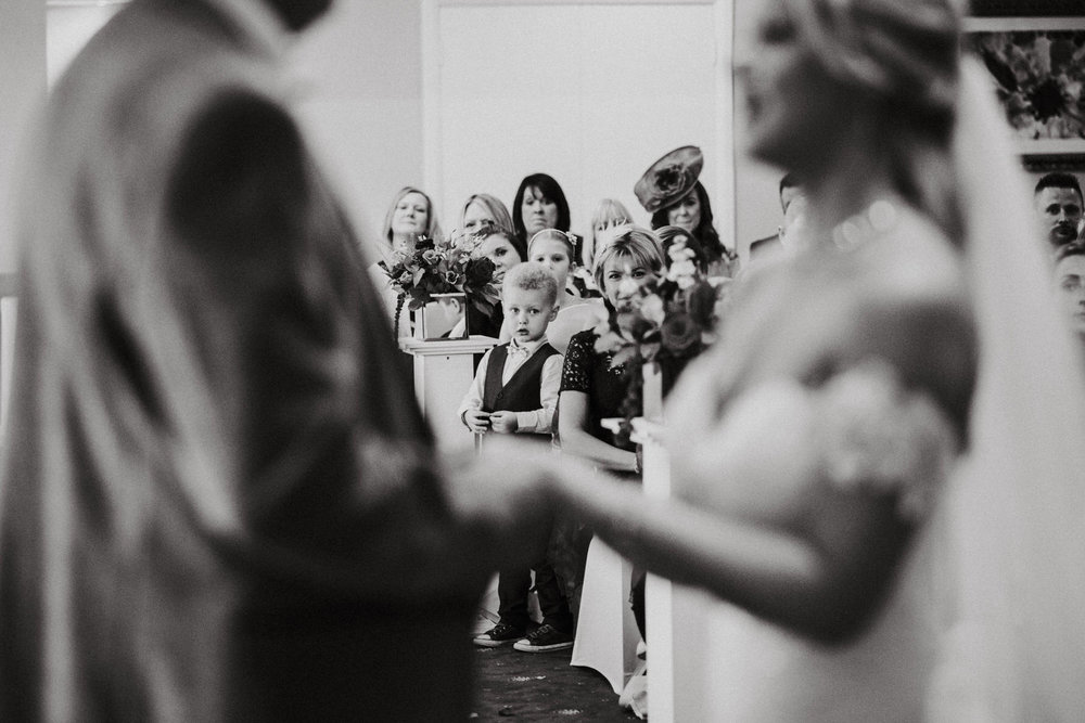 Documentary-wedding-photography-wedding-ceremony