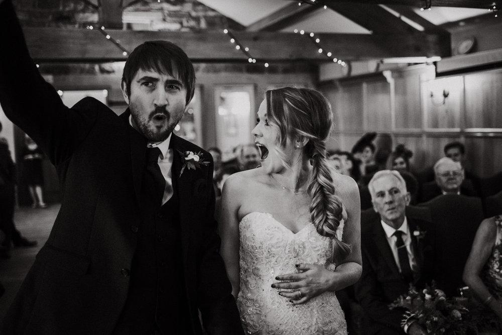 Cheshire Unposed Documentary Wedding Photography - Louise Jacob