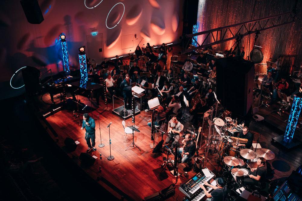 Mousse T. und das Filmorchester Babelsberg