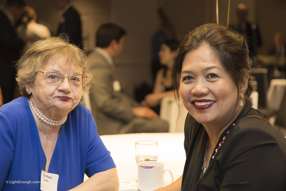Barbara chats with B2I Intake Manager Gina Macanlalay at the Bridges to Independence Black & Gold Gala May 19, 2017. Photos by John St Hilaire of LightEnough.com