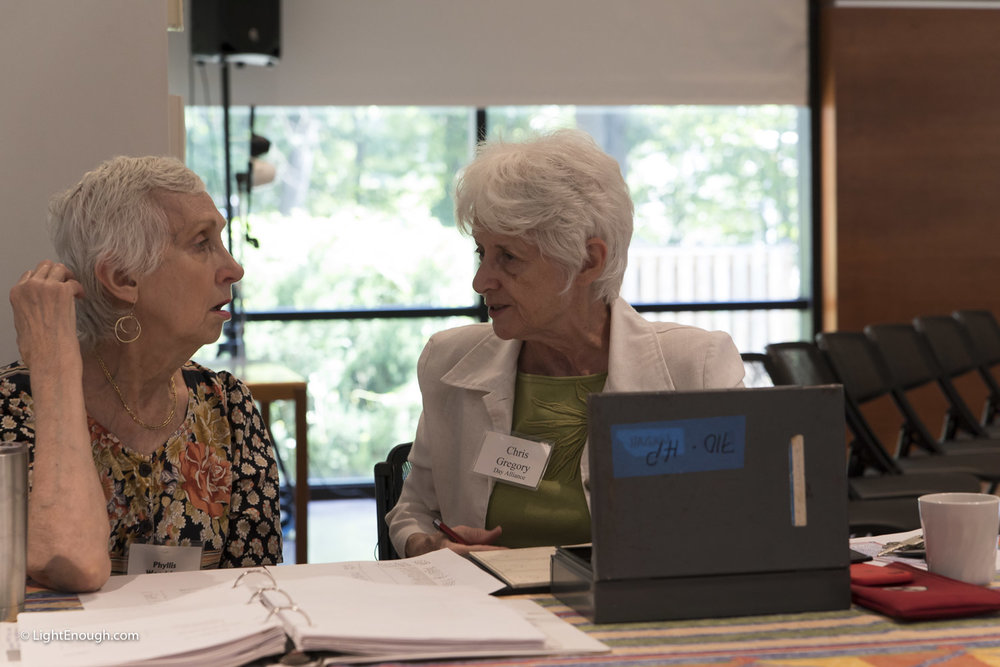 Phyllis Woodring and Chris Gregory at the June 2017 meeting of the UUCA Day Alliance. Allen Keiswetter speaker. Photos by John St Hilaire / LightEnough.com
