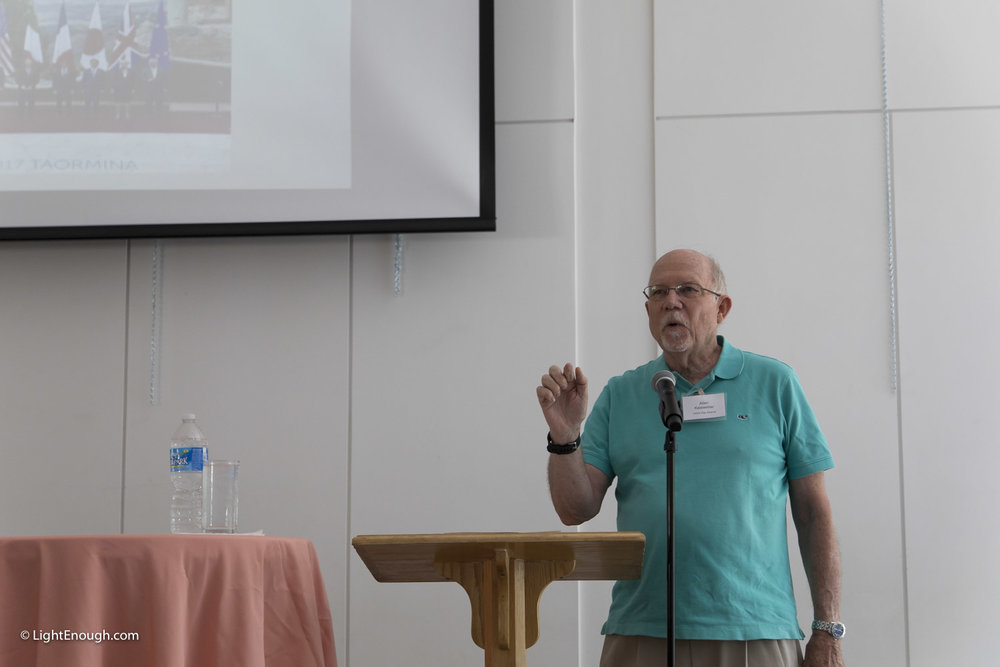 Allen Keiswetter presents about Saudi Arabia at the June 2017 meeting of the UUCA Day Alliance. Photos by John St Hilaire / LightEnough.com