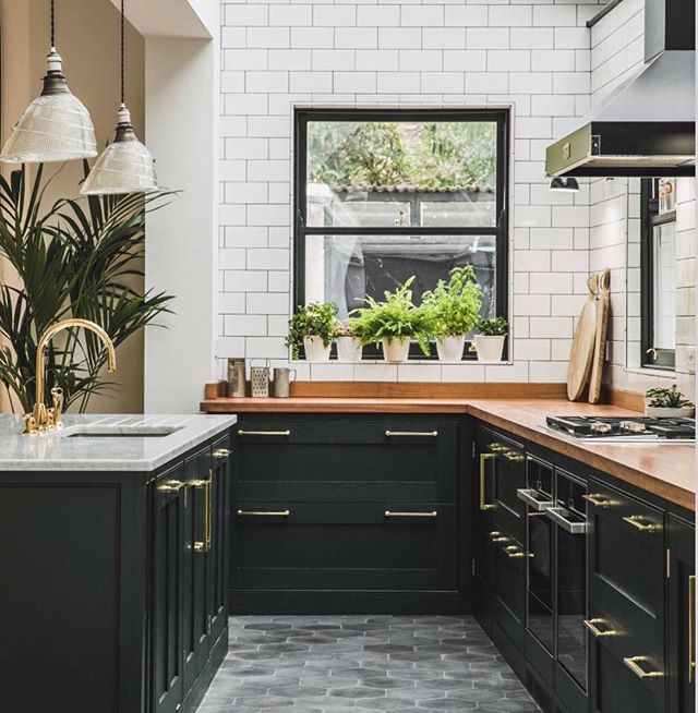 What's your kitchen style?  Traditional, contemporary, solid wood, painted...? Need some more inspiration?  Contact us at www.pad.london for our latest brochure  Via @everythingshaker