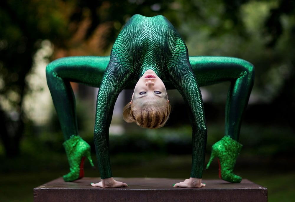A contortionist performer creates a mystical vibe at a recent AWG event