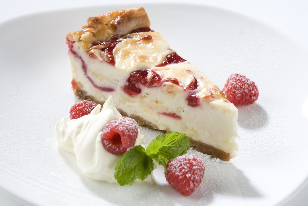 The Skinny Chef Desserts - Raspberry Torte