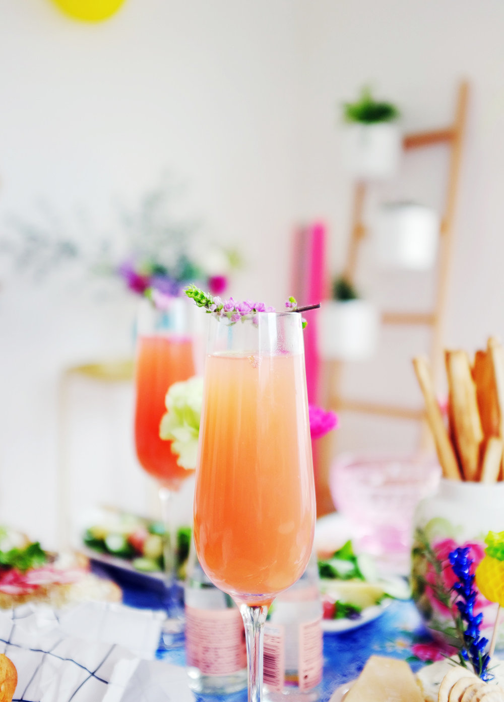 Hello Sandwich Shiso Flower Bellini