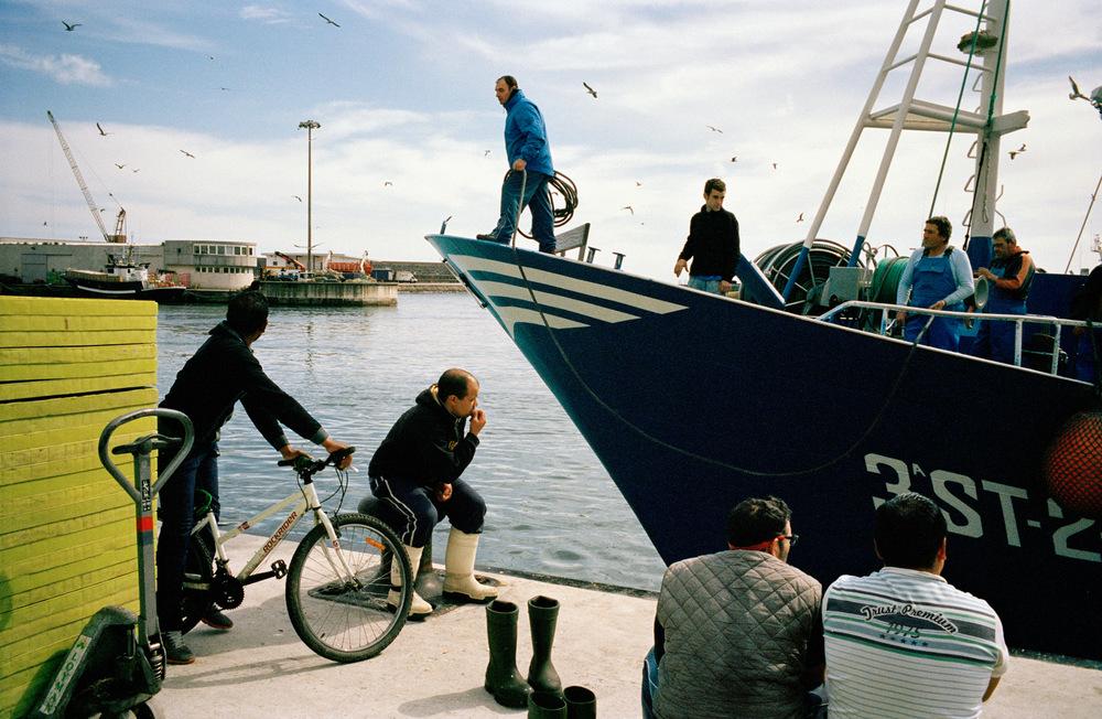 Retour de la pêche au port d'Ondarroa, Pays basque espagnol. 2013