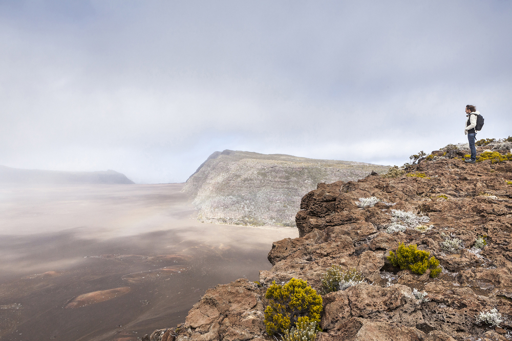 2 juillet 2014, vue de la plaine des sables avant le volcan du Piton de la Fournaise, Ile de la Réunion.