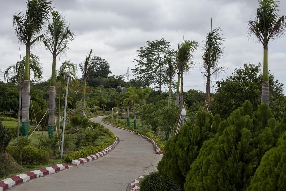 Water Foundation. Naypyidaw, Birmanie. Mai 2015.